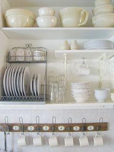 ♥ this all-white kitchen