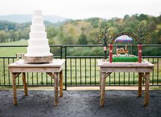 awesome Let them eat cake,  It's no secret that John and I love cake! For our own wedding, it was the one of our top priorities. We wanted the cake to not only look pretty, but t..., http://www.bamberphotography.net/let-them-eat-cake/