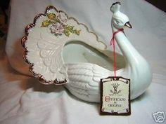 CAPODIMONTE White Peacock Vase/Bowl, Mint in Box (12/17/2006)