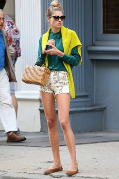 THROWBACK THURSDAY... WOOOOTTT! #JessicaHart and her short shorts #offduty in September 2012. perfection.