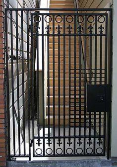 Single men in iron gate