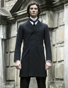 Dorian Gray (2009) Starring: Ben Barnes as Dorian Gray. (click thru for larger image) Victorian Men, Dorian Gray, Gothic Horror, The Marauders, All Black Everything, Romance Novels, Gothic Outfits, Dark Fantasy, Character Inspiration