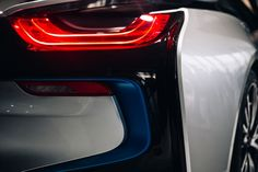 The rear lights of the car BMW i8