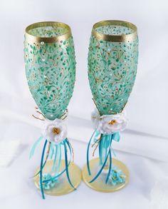 Hey, ho trovato questa fantastica inserzione di Etsy su https://www.etsy.com/it/listing/220110073/wedding-champagne-flutes-bridal-shower