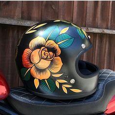 Motorcycle Love Couple Wheels 24 Ideas For 2019 Motorcycle Helmet Design, Custom Paint Motorcycle, Motorcycle Tank, Retro Motorcycle, Women Motorcycle, Motorcycle Jackets, Vintage Motorcycles, Custom Motorcycles, Honda Motorcycles