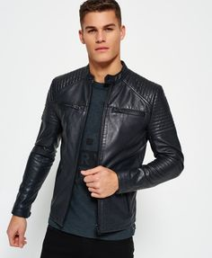Superdry Giubbotto in pelle trapuntata Racer Leather Jacket Outfits, Men's Leather Jacket, Biker Leather, Outfits Casual, Mode Outfits, Mens Leather Coats, Leather Jackets, Men Coat, Types Of Jackets