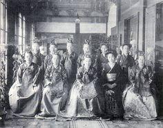 윤비(순종비)와 궁중 여인들1900년대 Yunbi (sunjongbi) and royal women in the 1900s