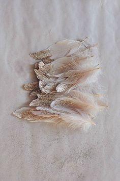 15 inspiring feather wedding decorations - wedding themes  - cuteweddingideas.com