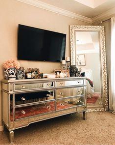 Home Decor Ideas Interior Design .Home Decor Ideas Interior Design Home Decor Bedroom, Living Room Decor, Master Bedroom, Bedroom Inspo, Bedroom Ideas Master For Couples, Tv In Bedroom, Bedroom Modern, Diy Bedroom, Bedroom Designs