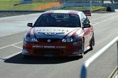 FreemanX V8 Holden or Ford Racecar Drive - Taupo