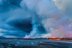 A late afternoon view of part of the fissure erupting as fumes and steam rise into the air near Bardarbunga, Iceland on Sept. 2, 2014. (Ragnar Th. Sigurdsson/Arctic Images)