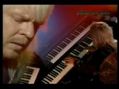 """Rick Wakeman is considered nowadays one of the greatest keyboardist of rock. On their music career, Rick reached the reputation of """"keyboard wizard"""" on rock . Music Songs, Music Videos, Curved Air, Rick Wakeman, Rock Groups, Progressive Rock, Jazz Blues, Musica, Concert"""