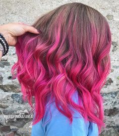 Pink hair color by @hairbydianafanea #pulpriothair