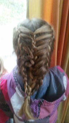 Dutch featherbraid