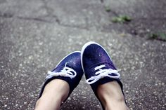 actually i wanted to just bleach some stains into these blue sneakers i recently bought.  but the bleached stains didn't come out as i wanted them to, see for yourself:   so i added some textile and acryl paint – just like here or there – and made some galaxy sneakers.