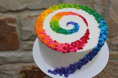 Colorful Patterned Swirl on White Cake: Birthday Cakes, Colorful Cakes Beautiful cake pictures: Colorful patterned strudel on white cake: birthday cake, colorful cake Beautiful Cake Pictures, Beautiful Cakes, Amazing Cakes, Pretty Cakes, Cute Cakes, Fancy Cakes, Crazy Cakes, Rainbow Swirl Cake, Rainbow Cakes