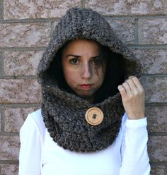 Chunky Hooded Cowl with Wood Button/ Hooded Infinity Scarf/Barley/THE JACKSON