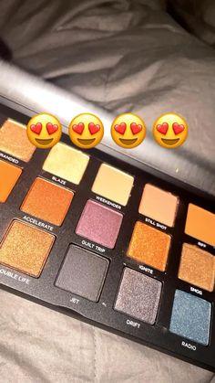 Eye Makeup Art, Beauty Makeup Tips, Makeup Eyes, Cool Instagram Pictures, Creative Instagram Photo Ideas, Black Nail Art, Fall Nail Art, Maquillage On Fleek, Balloon Arch Diy
