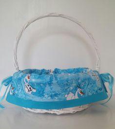 Disney Easter Baskets for Girls Olaf Halloween, Custom Easter Baskets, Disney Fabric, Basket Liners, Olaf Frozen, Childrens Gifts, Disney Girls, Gifts For Kids, Boy Or Girl