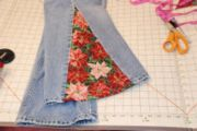 Cut Jeans to Make a Wider Leg make your own bell bottom jeans. I've always loved bell bottoms but can never find them. Ehh I'll bring them back! Diy Jeans, Bell Bottom Pants, Bell Bottoms, Diy Clothing, Sewing Clothes, How To Make Jeans, Hippie Jeans, Do It Yourself Fashion, Patchwork Jeans