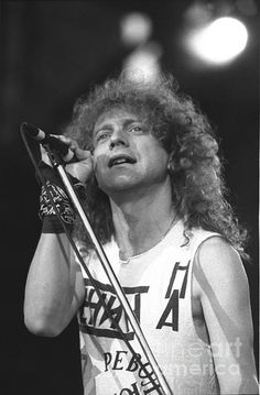 ~Foreigner Singer Lou Gramm Print by Front Row Photographs