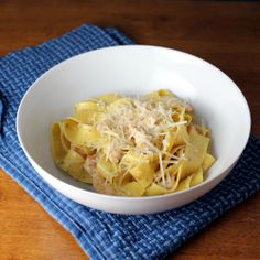 lemon chicken pappardelle    8 ounces lemon pepper or plain pappardelle  1 chicken breast, sliced into thin strips  1/2 cup white wine  4 garlic cloves, minced  juice and zest of one lemon  1 cup chicken stock  1/2 teaspoon cornstarch  1 tablespoon butter  fresh parmesan for serving