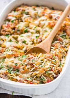 Spaghetti Squash Casserole Healthy Spaghetti Squash Casserole with ground turkey, tomatoes, and Italian spices. Easy, CHEESY, and a crowdpleaser. Low-carb and gluten-free recipe! Healthy Casserole Recipes, Healthy Recipes, Diet Recipes, Cooking Recipes, Pork Recipes, Pasta Recipes, Greek Recipes, Healthy Spaghetti Squash Recipes, Healthy Pasta Dishes
