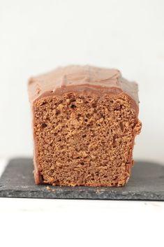 Ce cake est bon, et il est même très bon selon certaines personnes, mais je vous avouerai ne pas être très fan de ce type de chocolat, trop sucré à mon goût. Ce