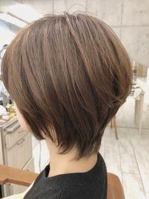 Short Layered Haircuts, Short Hairstyles For Women, Cool Hairstyles, Gray Hair Highlights, Hair Streaks, Short Hair With Layers, Short Hair Cuts, Asian Short Hair, Shot Hair Styles
