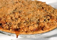 Dried Apple Pie with Walnut Crumb Topping Apple Recipes, Cake Recipes, Crumb Topping Recipe, Dried Apples, Sweet Pie, Afternoon Snacks, Homemade Cakes, Coffee Cake, Thanksgiving Recipes