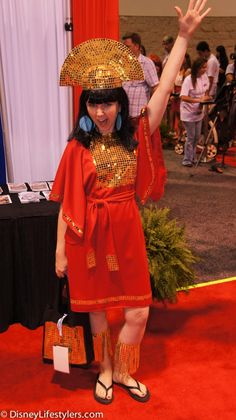 DisneyLifestylers emperor kuzco d23 expo View more EPIC cosplay at http://pinterest.com/SuburbanFandom/cosplay/