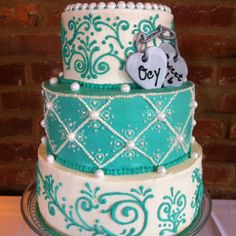 Sweet 16 Tiffany's Cake Gimme! With a dress layer at the bottom and add sparkle!