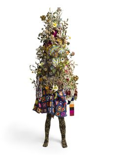 "This is not your garden variety portrait! One of the most amazing things about artist Nick Cave's sculpture is the material. Cave collects thrift-store finds and everyday objects to build his fantastically magical ""soundsuits"""
