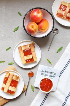 Tarte à la confiture d'abricots : la recette facile et tellement bonne ! #abricot #confiture #cuisine #recette #tarte