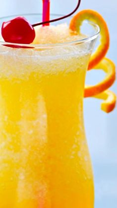 Hurricane Recipe ~ dark rum, light rum, passion fruit juice, orange juice, lime juice, grenadine