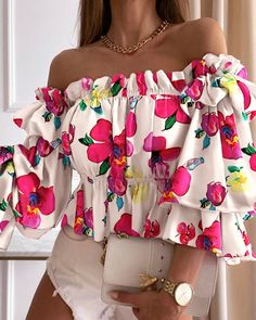 Tops Online Shopping, Chic Type, Casual Chic Style, Elegant Woman, Sleeve Styles, Amazing Women, Womens Fashion, Fashion Trends, Off Shoulder Blouse