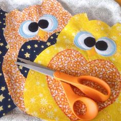 Rice-filled owl heating pads: an adorable, easy, and frugal DIY handmade craft! @Natasha S Therese