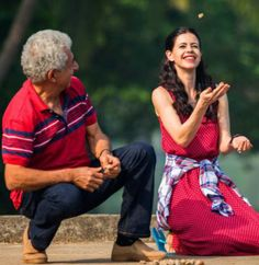 Bollywood Movie Review: Naseeruddin Shah's performance as a helpless loving old husband is commendable. Kalki Koechlin also delivers beautifully as a helpless young wife. Rajat Kapoor steals the show in his small but powerful role. With a refreshing subject, 'Waiting,' which marks the comeback of filmmaker Anu Menon is hard hitting, emotional and engaging.