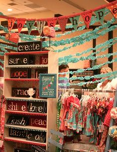 love the wooden signs. so easy to make!