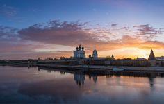 Золотой рассвет над Псковом by G. Barinov on 500px