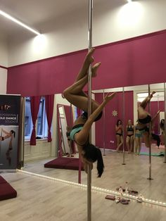 Pole Dance Moves, Pole Dancing Fitness, Pole Fitness, Barre Fitness, Boot Camp Workout, Barre Workout, Pole Dance Studio, Pool Dance, Pole Classes