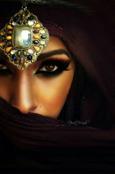 arab girls hair and beauty pinterest 1001 nacht nacht und haar. Black Bedroom Furniture Sets. Home Design Ideas