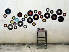 Wall Decor: Nice Vinyl Records Decorations for Wall Vinyl Records For Decoration, Vinyl Record Art Projects, Vinyl Records Wall Art