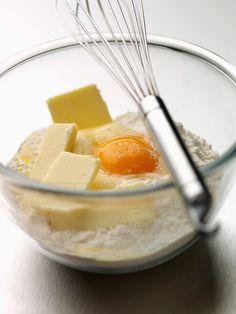 Užite si sladkosti bez výčitiek svedomia: Recept na nekalorický tekvicový koláč   Preženu.sk Tableware, Dinnerware, Tablewares, Dishes, Place Settings