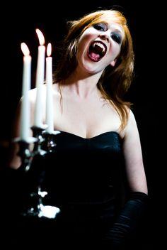 Vamp by shwtterbwg on deviantART Vampire Love, Female Vampire, Gothic Vampire, Vampire Books, Vampire Girls, Vampire Art, Horror Photography, Halloween Clown, Night Terror