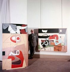 willy rizzo… le corbusier at musée national d'art moderne, paris, exposition, 1953 Rare Images, Rare Photos, Mondrian, Rue De Sevres, Maurice Utrillo, Mary Cassatt, Art Brut, Alvar Aalto, Art Moderne