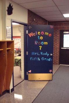 Ideas for decorating and organizing your fifth grade classroom...