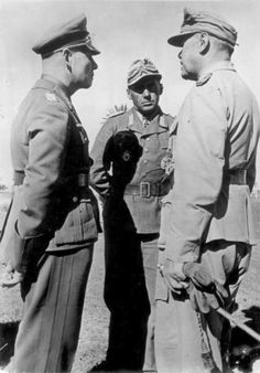 Rommel, Bayerlein and Kesselring in North Africa. Photo Credit.