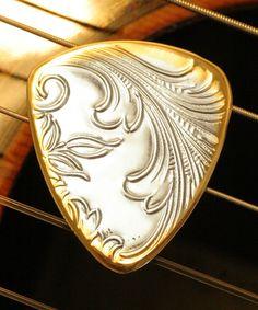 Vintage Silver Engraved Guitar Pick by Gracie Lynn Prs Guitar, Music Guitar, Playing Guitar, Ukulele, Acoustic Guitars, Gibson Acoustic, Cool Guitar Picks, Guitar Pics, Beautiful Guitars