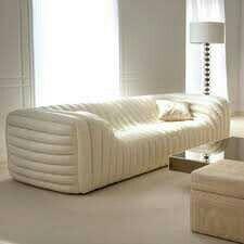 small living room ideas | tisch in der mitte, ideen fürs zimmer, Hause ideen